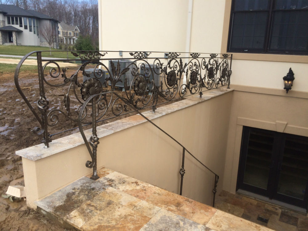 Design metal railing